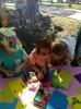 Вихованці Бахмутського міського Центру технічної творчості дітей та юнацтва під керівництвом своїх педагогів проводили майстер-класи у парку відпочинку для всіх бажаючих.