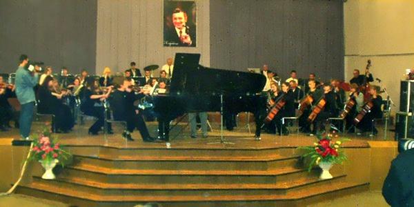 Артемівське музичне училище. Конкурс фортепіанної музики ім. І. Карабиця