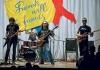 IВ субботний вечер 3 декабря Артемовский городской народный дом собрал всех желающих поучаствовать в благотворительном рок-марафоне Friends will be Friends в поддержку детей, живущих с ВИЧ в г.Артемовске.