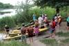 Життя у пришкільному таборі «Казкова країна» Артемівської школи №10 різноманітне та цікаве. Щоденні заходи, конкурси не дозволяють дітям сумувати, а вихователям розслаблятися.